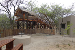 Couples treehouse with view of the bush